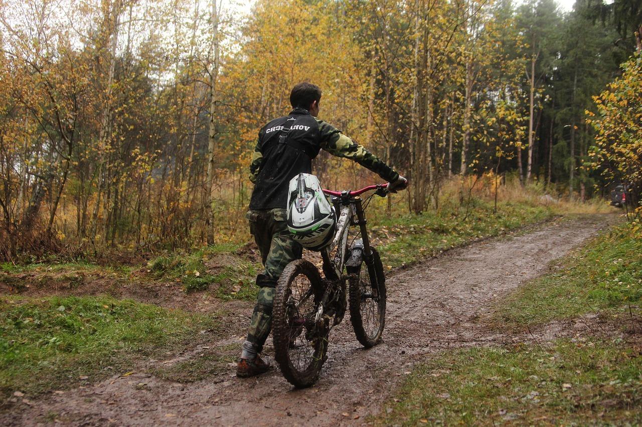 cycling-2864179_1280