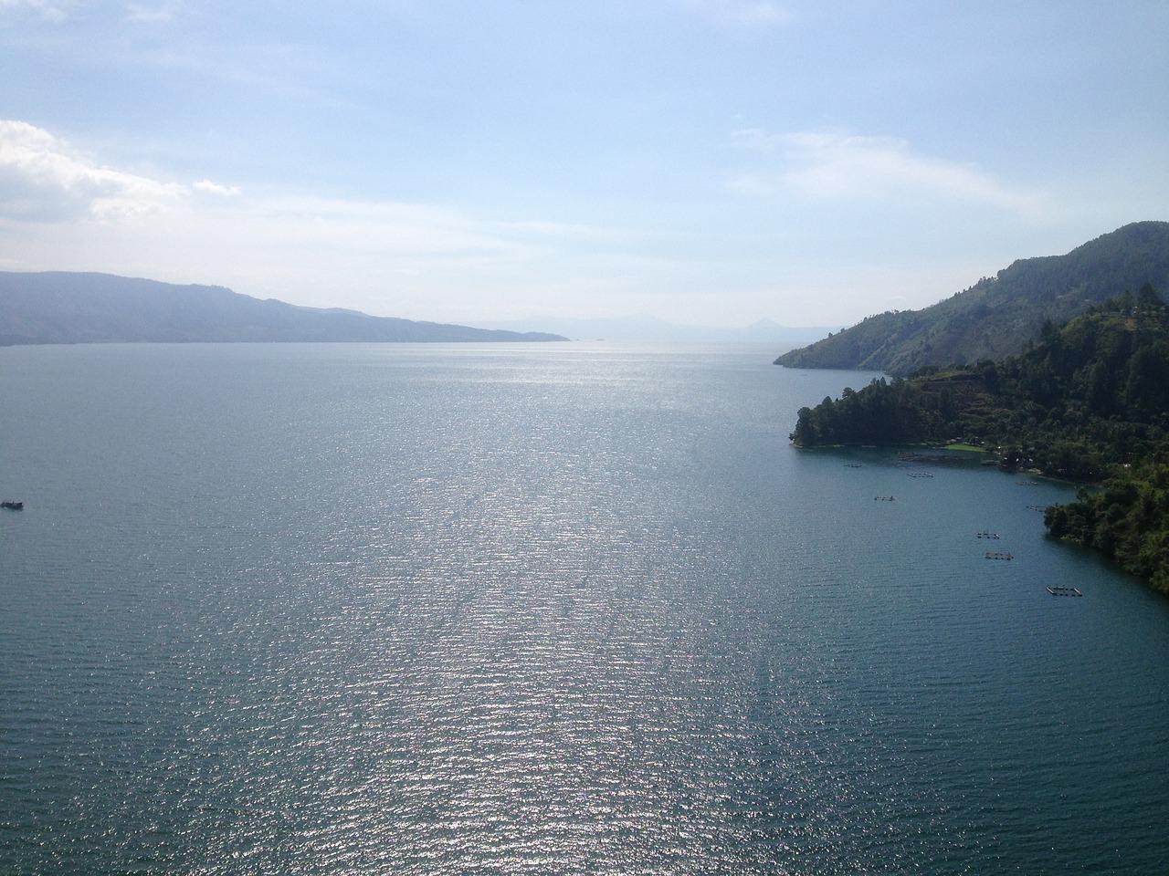 lake-toba-2336928_1280