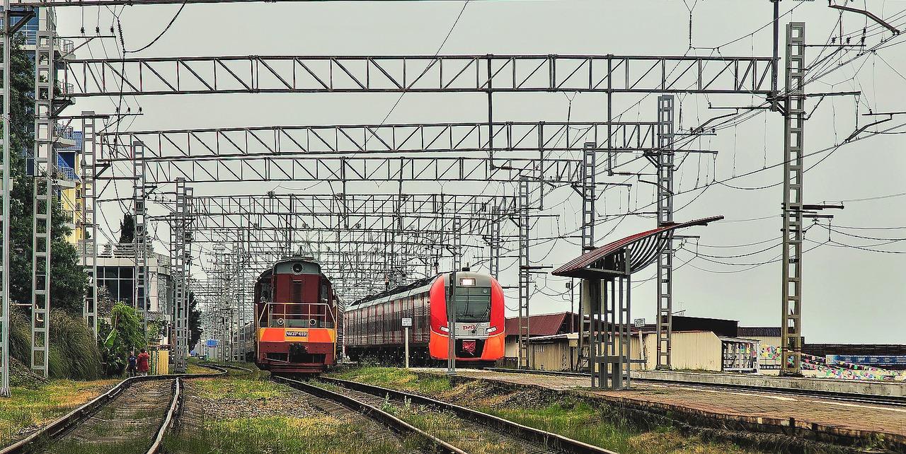 train-3018389_1280